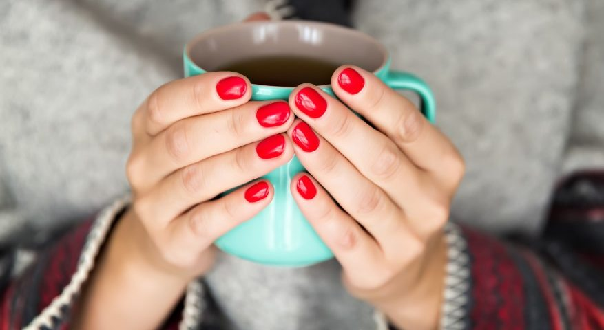 jak pielęgnować dłonie i paznokcie-CodziennikKosmetyczny