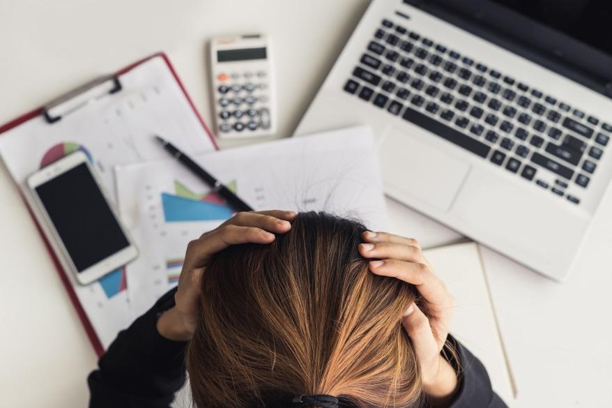 stres a dolegliwości skórne-CodziennikKosmetyczny