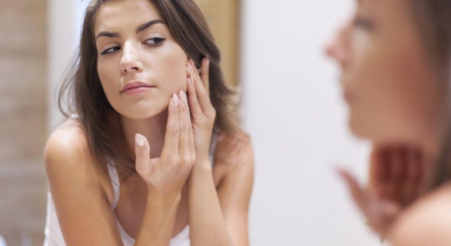 trądzik u dorosłych - jak leczyc-Codziennik-Kosmetyczny