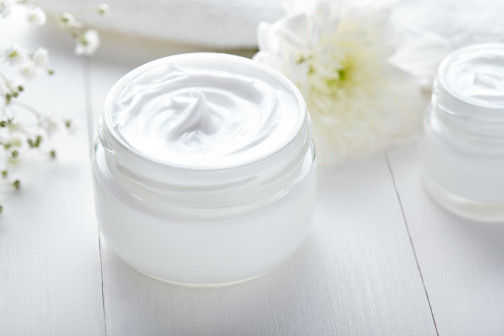 Jak prawidłowo przechowywać kosmetyki_CodziennikKosmetyczny