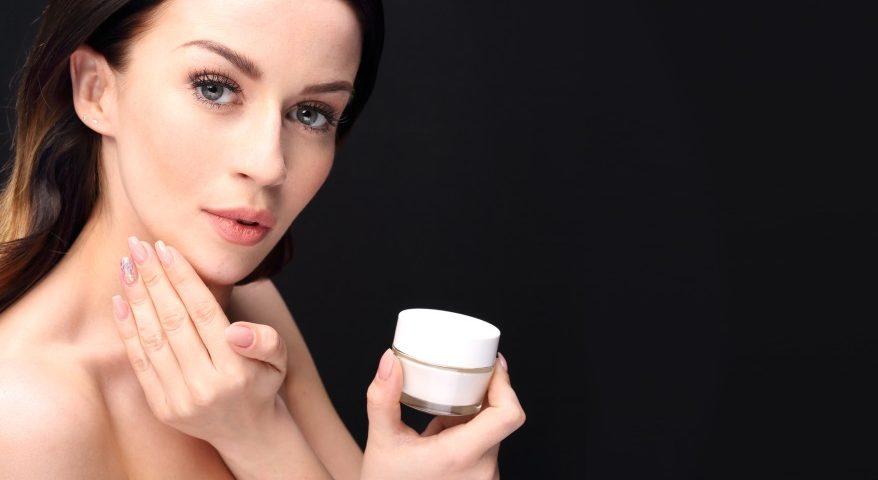 jak przedłużyć trwałość kosmetyku