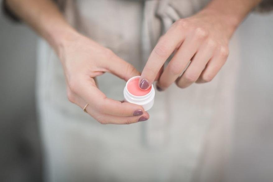 Czy konserwanty w kosmetykach są potrzebne-CodziennikKosmetyczny